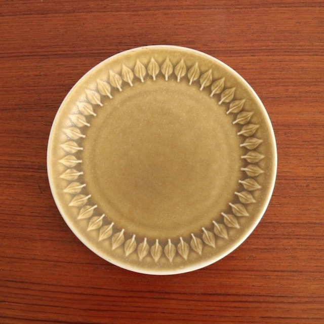 [SOLD OUT] JHQ / Relief Plate 17cm