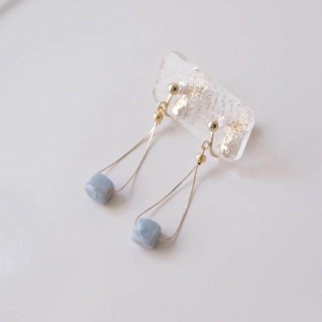 片耳販売~Cube blue Opal~
