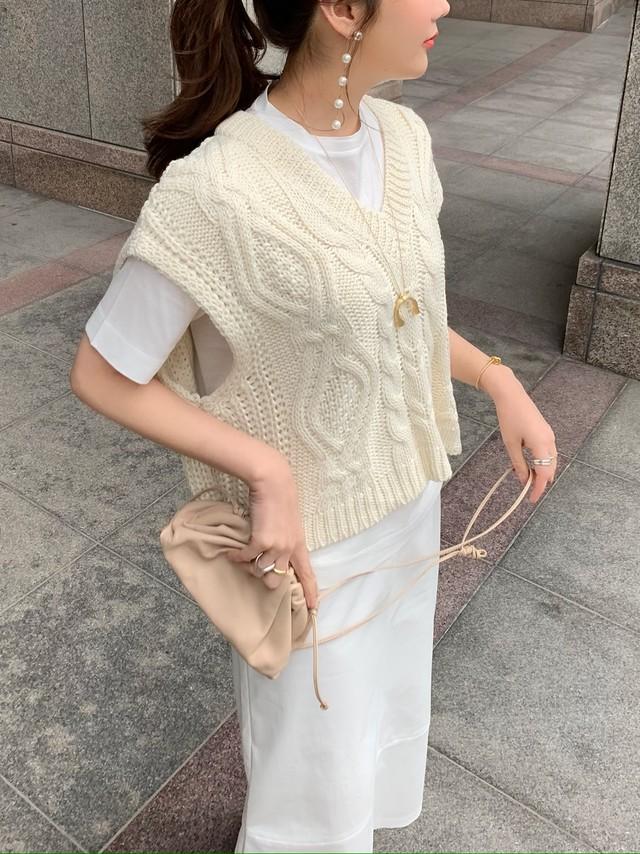 【予約】cable knit vest / white 3/27 21:00 ~ 再販 (4月下旬発送予定)