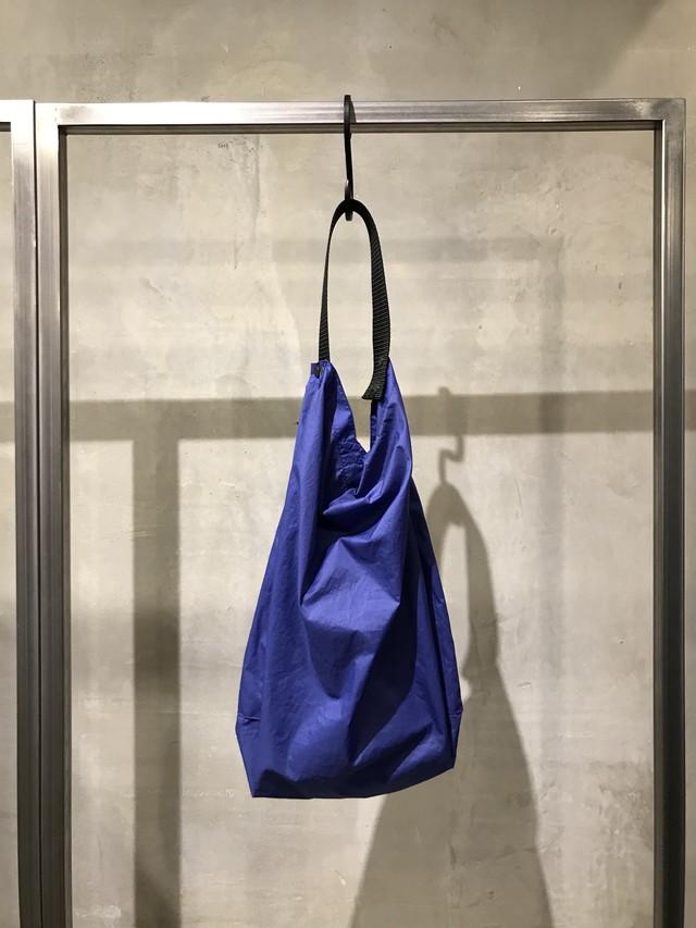 TrAnsference nylon tote bag - dull blue