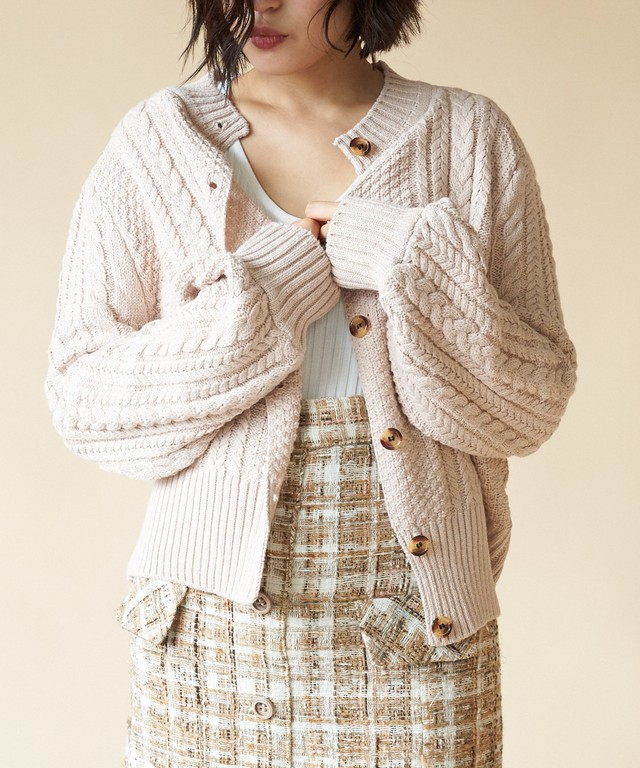 BALOON SLEEVE CABLE KNIT CD < VN013 >