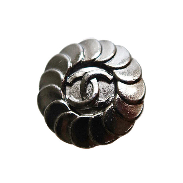 【VINTAGE CHANEL BUTTON】ブラックシルバー ココマーク ボタン 1.6cm