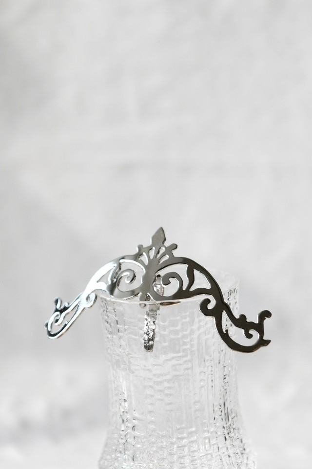 Handcrafted Hair Hook arabesque - Floral crown - ヘアフック - 花柄冠- Silver