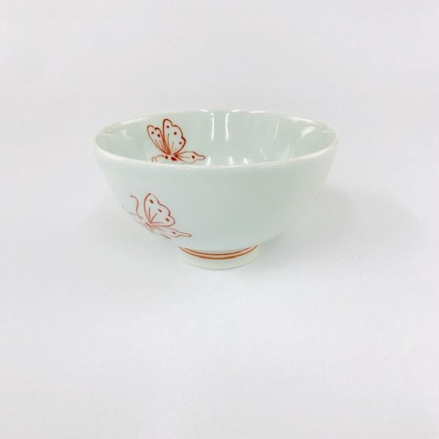 【青花・匠】ちょうちょ3.8寸丸飯碗(赤)