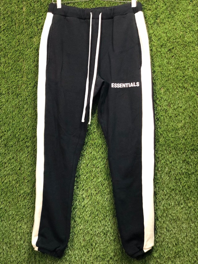 ESSENTIALS SIDELINE SWEAT JOGGER PANT BLACK WHITE SMALL 55JH7787