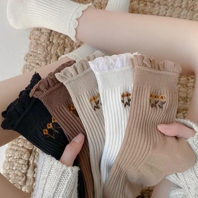 レトロガーリー♡花柄刺繍ソックス3点セット C0183