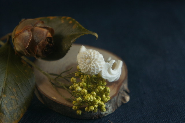 【D】菊の花のシリーズ「薫」指輪