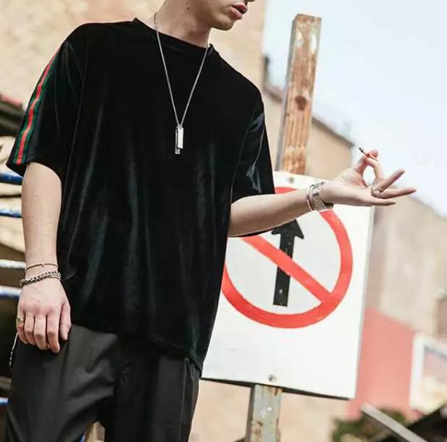 【COOL】特殊生地デザインTシャツ