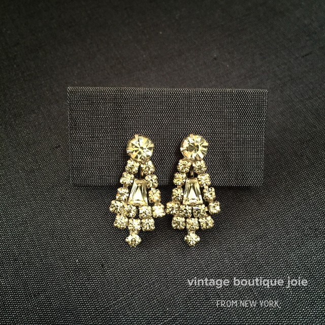 clear DAISY earrings