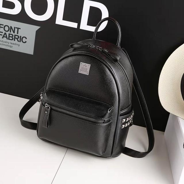 リュック バッグ シンプル デザイン 4色 B1579