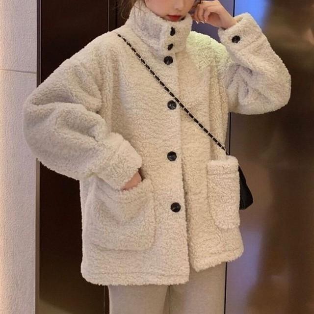 ボアブルゾン ボタン 韓国 ファッション レディース ボアジャケット アウター コート ジャケット もこもこ ボア 羊毛 ドロップショルダー / Lamb hair loose padded warm jacket (DTC-607833991360)