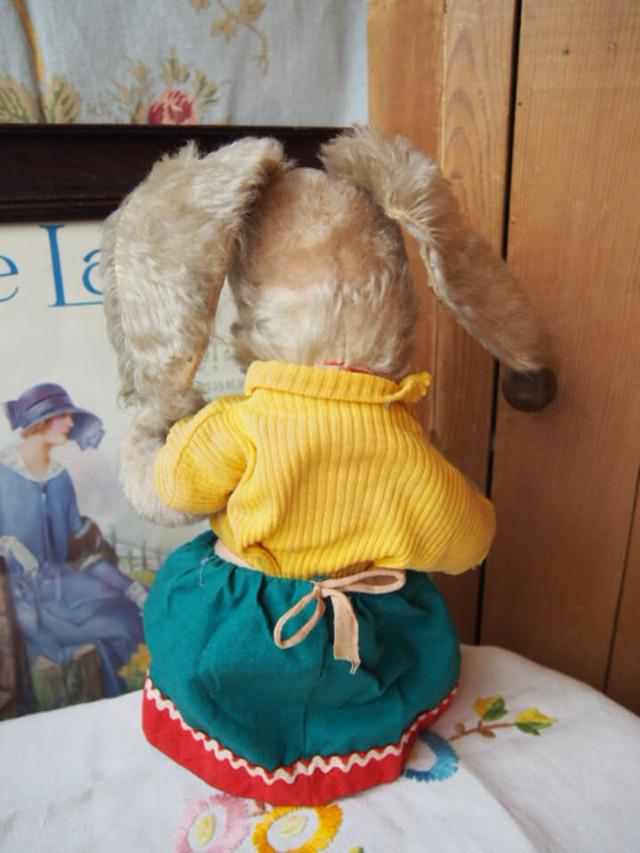 ドイツアンティーク ウサギ(Schuco)