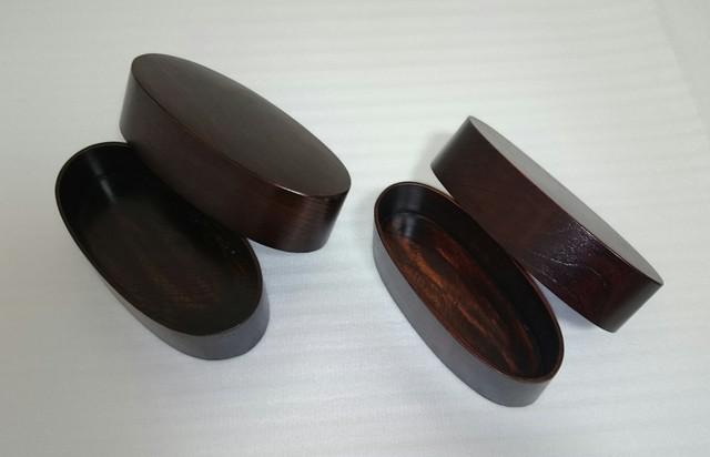 【送料無料】2in1収納出来る天然木の弁当箱 大小セット 漆塗り 楕円形