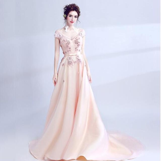 胸元刺繍ロングドレス