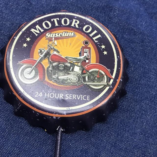 MOTOR OIL クラウンキャップ  フック インテリア雑貨 アメリカ雑貨