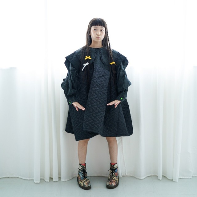 《frankygrow 2020AW》BEAR QUILTING SQUARE DRESS / black × black / W1