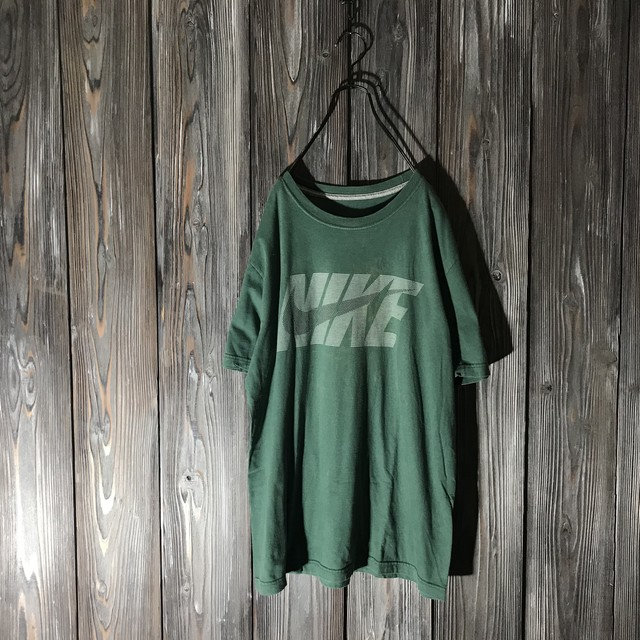 [NIKE]vintage dark green T shirt