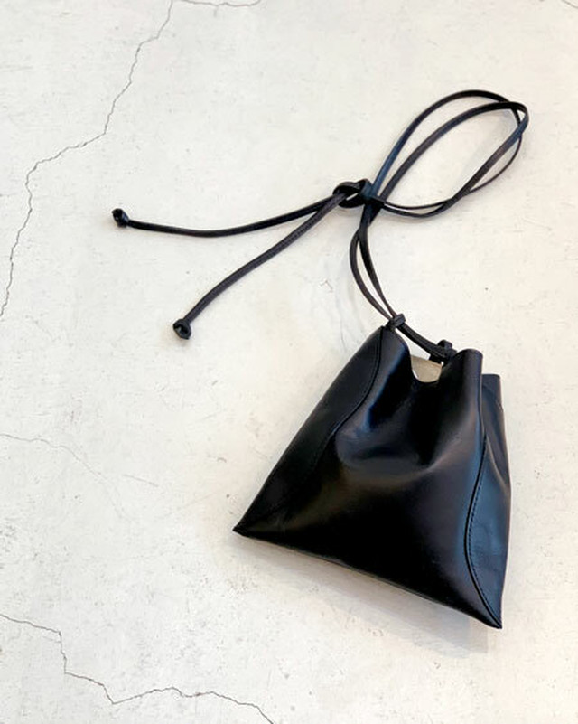 HANG hand bag / MARROW