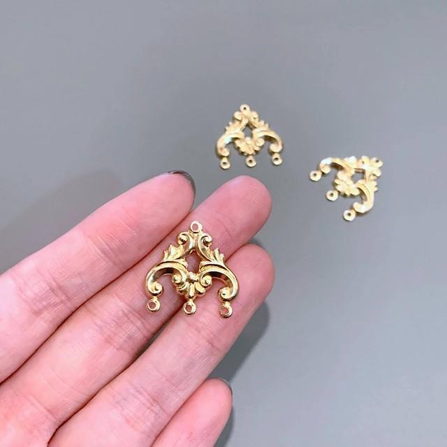 USA真鍮 シャンデリア型コネクターチャーム(下3カン)
