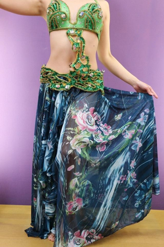 エジプト製 ベリーダンス衣装 ターキッシュスタイル 三点セット 緑花柄