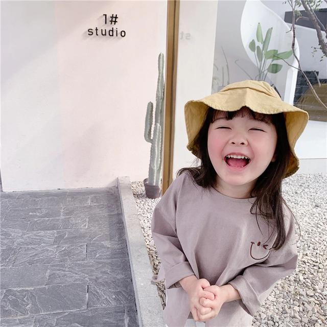 送料無料♡韓国輸入服 スマイルTシャツ サイズ80~120