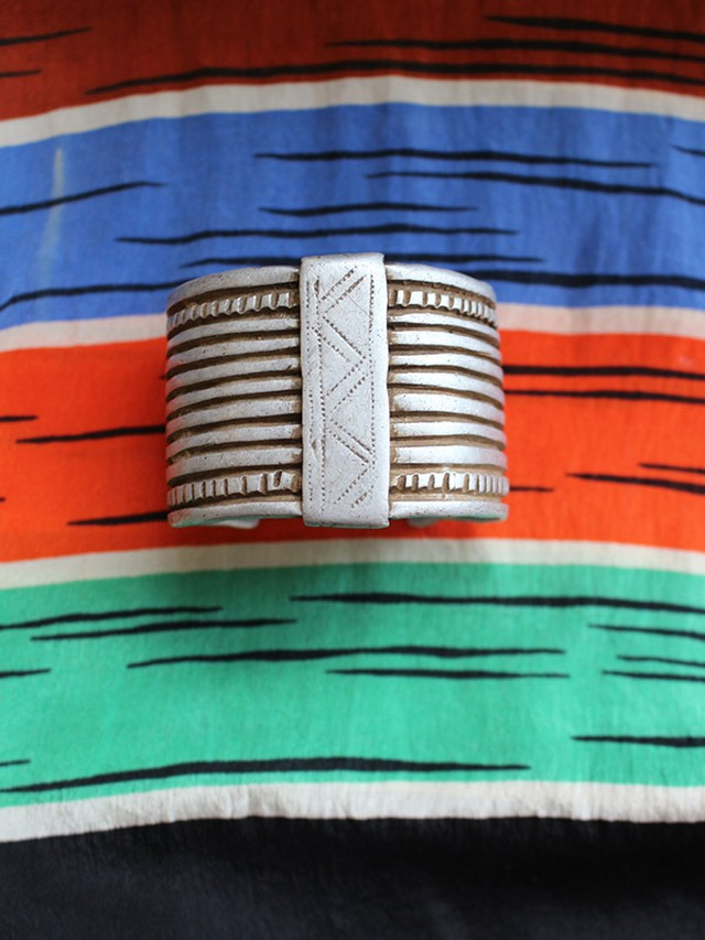 60s african bangle