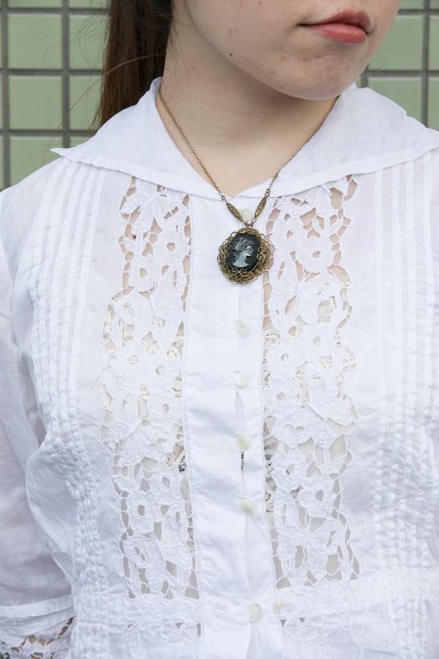 【Run Rabbit Run Vintage 】Black cameo necklace