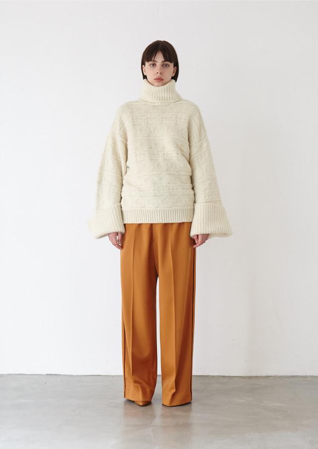Alan turtle knit