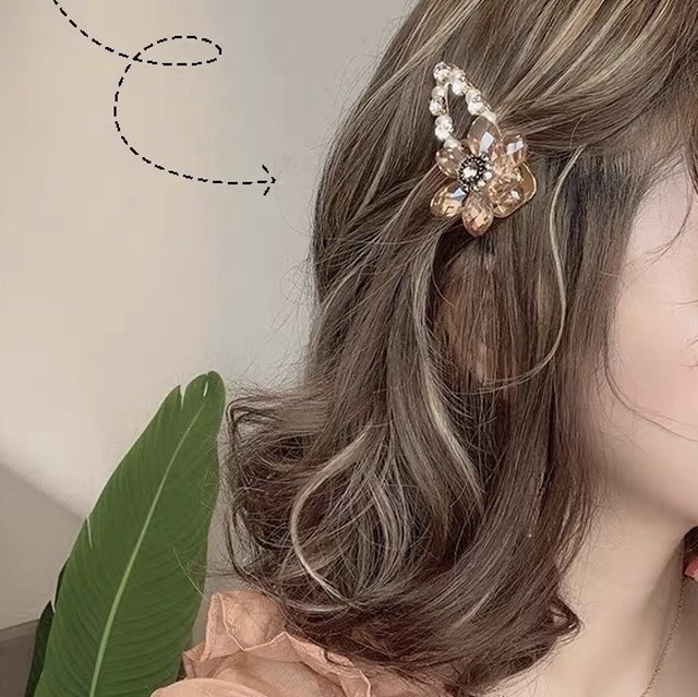 clear flower hair pin