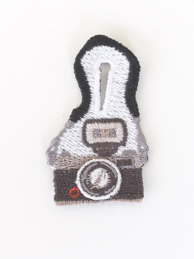 Special Price!!!! Polyvalent LM(ポリバレント  エルム)  刺繍ブローチ/カメラ No.98920152