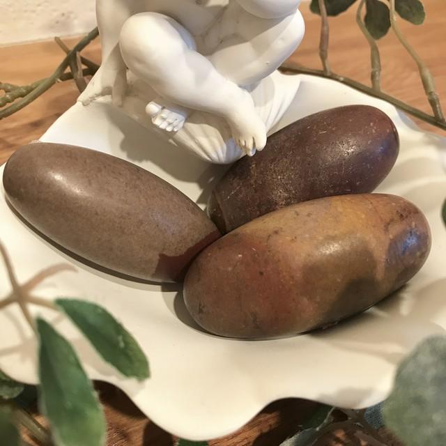 子宝の石としても有名です タントリック・リンガム(中サイズ)