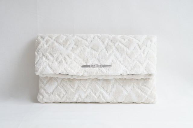 紋ビロードのクラッチバッグ Velvet Clutch Bag