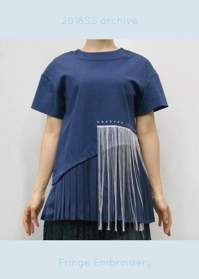 FRINGE EMBROIDERY PLEATS HEM T