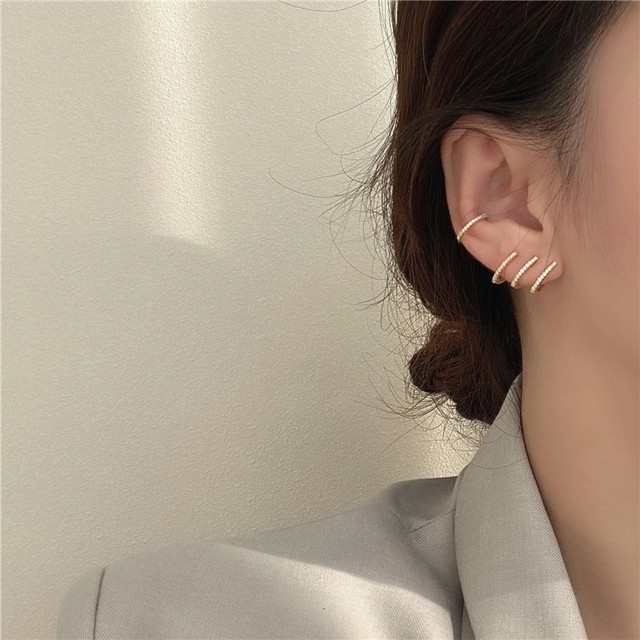 【小物】オシャレ 可愛い キラキラ ディリー デート 職場用 レディース ピアス イヤーカフ42940393