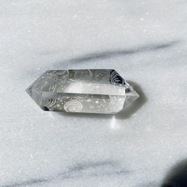 月と星の刻印クリアクォーツ Engraved Clear Quartz 天然石 ヒーリングストーン インテリア雑貨