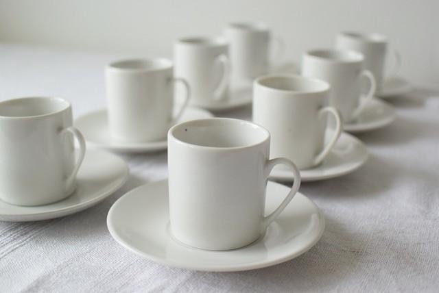 白磁のカップ&ソーサー4客セット