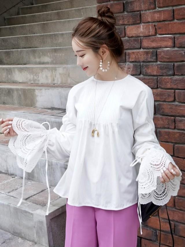 【予約】biscuit lace blouse / white (10月上旬発送予定)