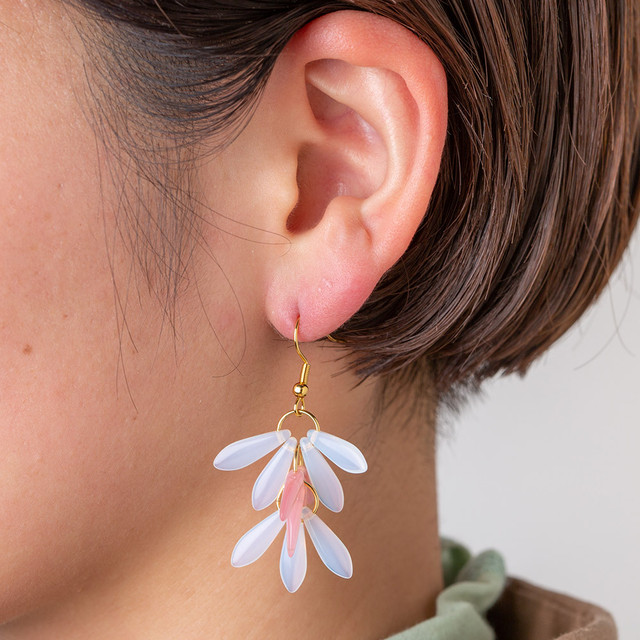 FLOWER PIERCE
