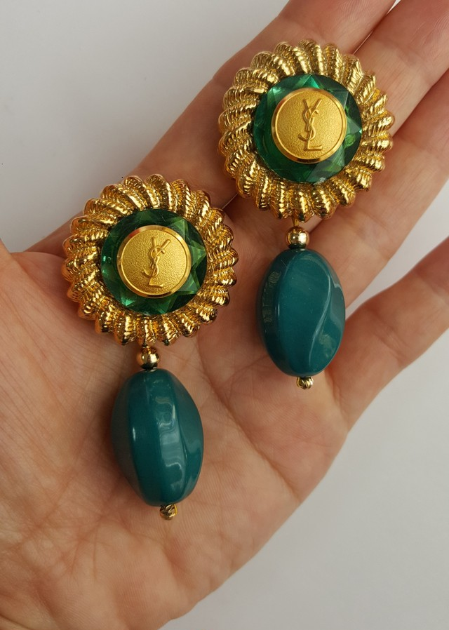 outlet store 067e3 f82f2 Yves Saint Laurent ヴィンテージ リメイク ピアス (green)   EVOKE TRILL powered by BASE