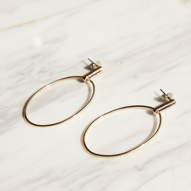 nim-32 Pierced earring