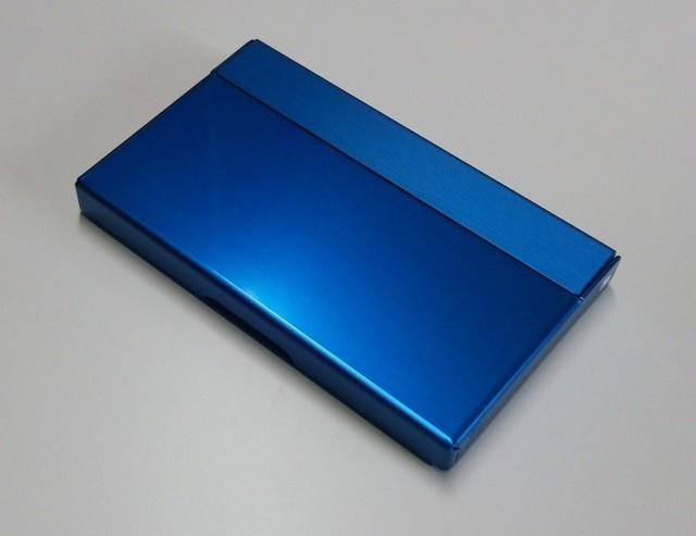 アルミニウム製名刺カード入れ ブラック色