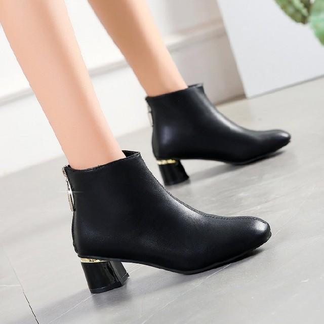 【shoes】季注目のブラックブーツお手入れアイテム