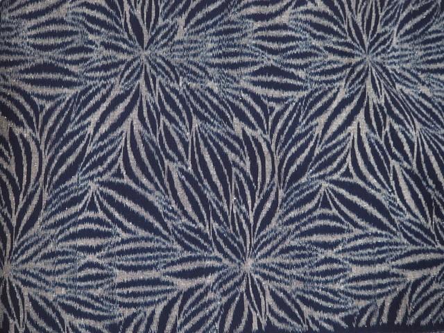久留米絣・天然藍100% 手織り生地(ダリア) カット販売(1メートル単位)