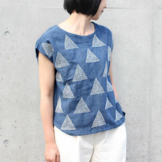 再々販★ちくちく総手刺繍!三角柄刺し子の手織りコットンブラウス