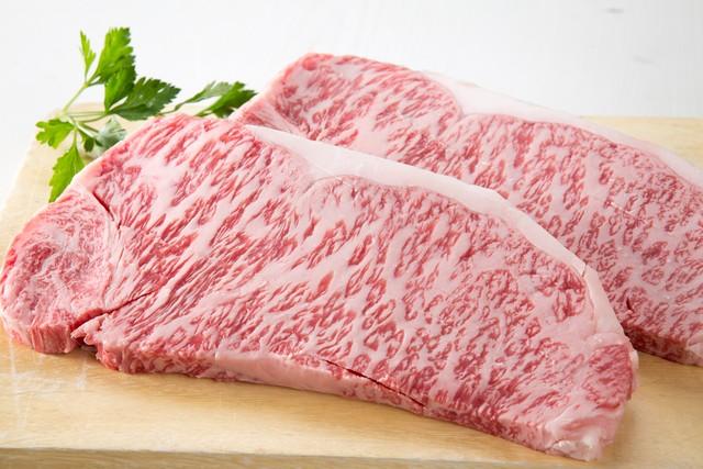 黒毛和牛サーロインステーキ肉2枚セット(A4〜5等級)/石川はちみつ牛