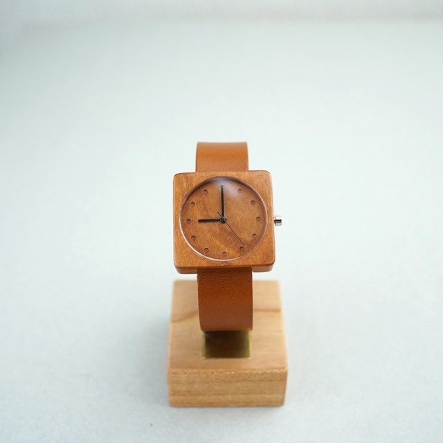 Square Cherry wood - Organic leather - M