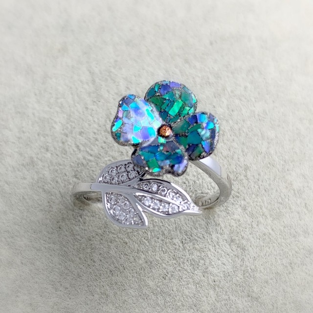 花モチーフ螺鈿フリーサイズ指輪 : Mother-of-pearl work of the flower motif adjustable size ring