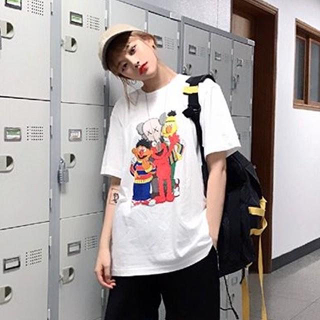 【tops】ins大人気カートゥーンプリントカジュアルラウンドネック半袖Tシャツ