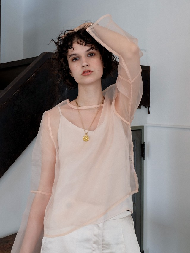 bell-sleeve  organdy tops(beige)