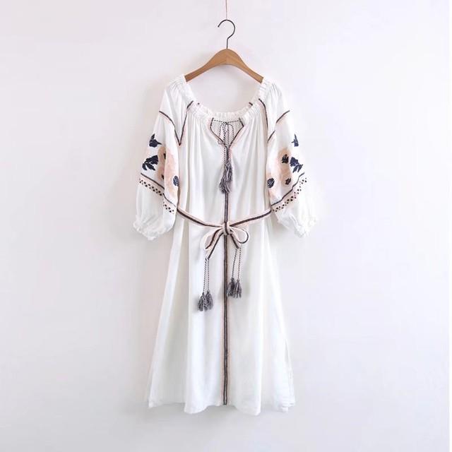 エスニックワンピース ロング 長袖ワンピース 刺繍ワンピース フリル裾 ボヘミアン風ワンピース 海辺ワンピース
